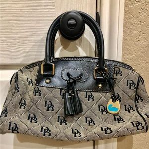 S/M Dooney & Bourke purse